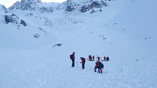5 skiers killed in 'massive' avalanche