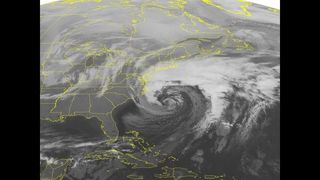 Storms battering Northeast, Midwest