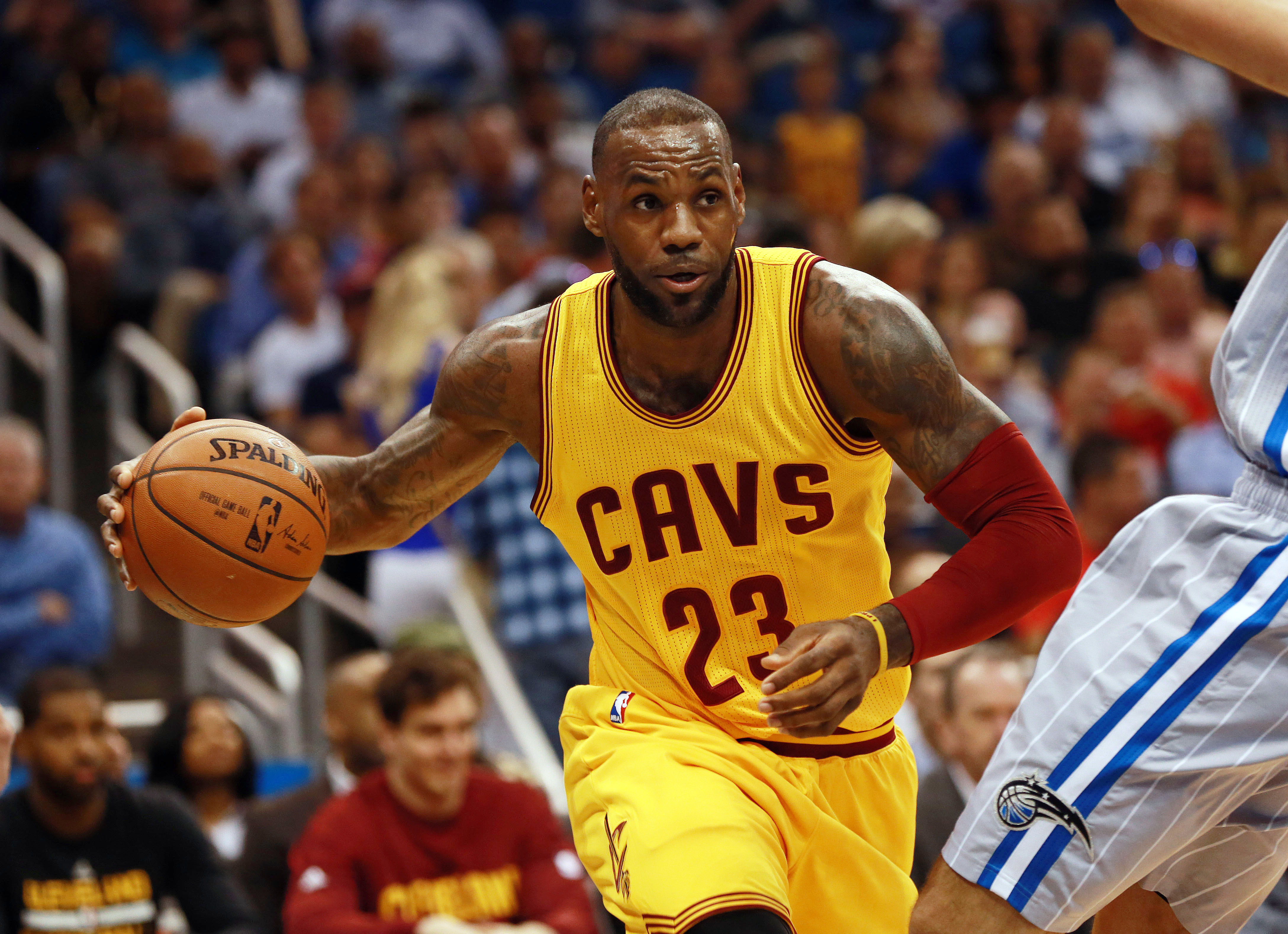 LeBron James Unfollows The Cleveland Cavaliers Twitter And Instagram Accounts, Dwade Reacts