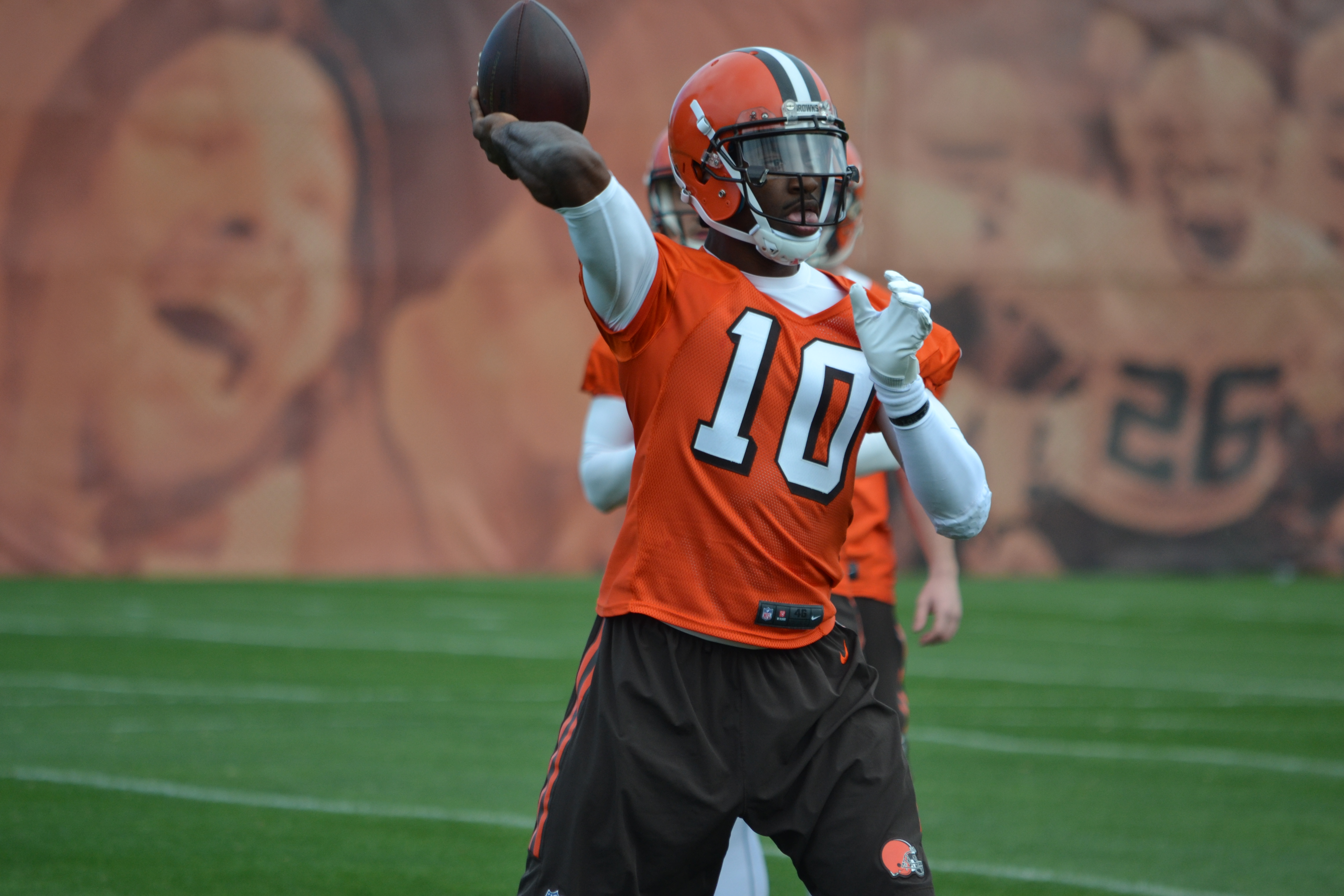 Cleveland Browns see down-to-earth RGIII   wkyc.com
