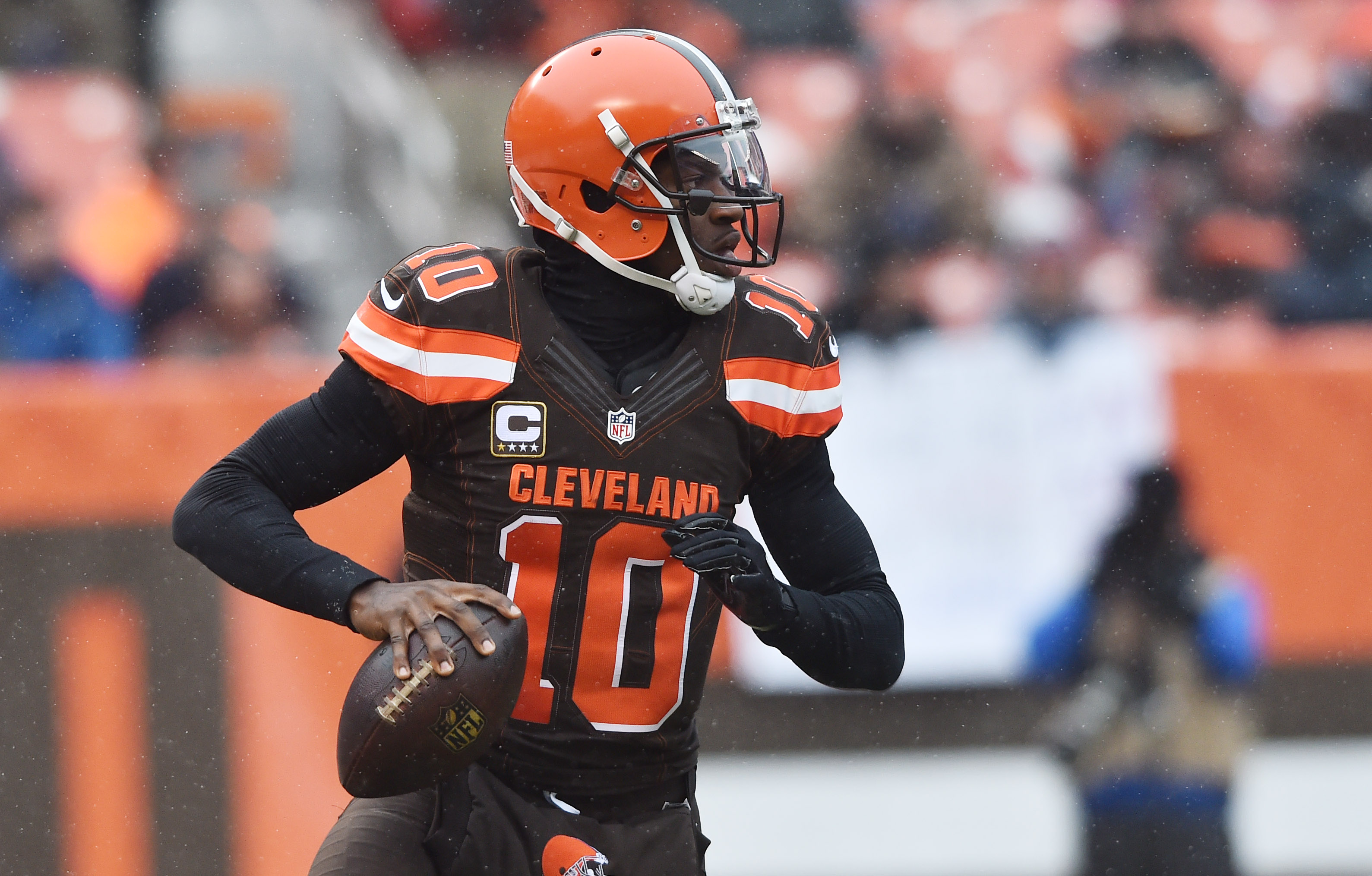 Hue Jackson: RG3 showed poise in return to Cleveland Browns | wkyc.com