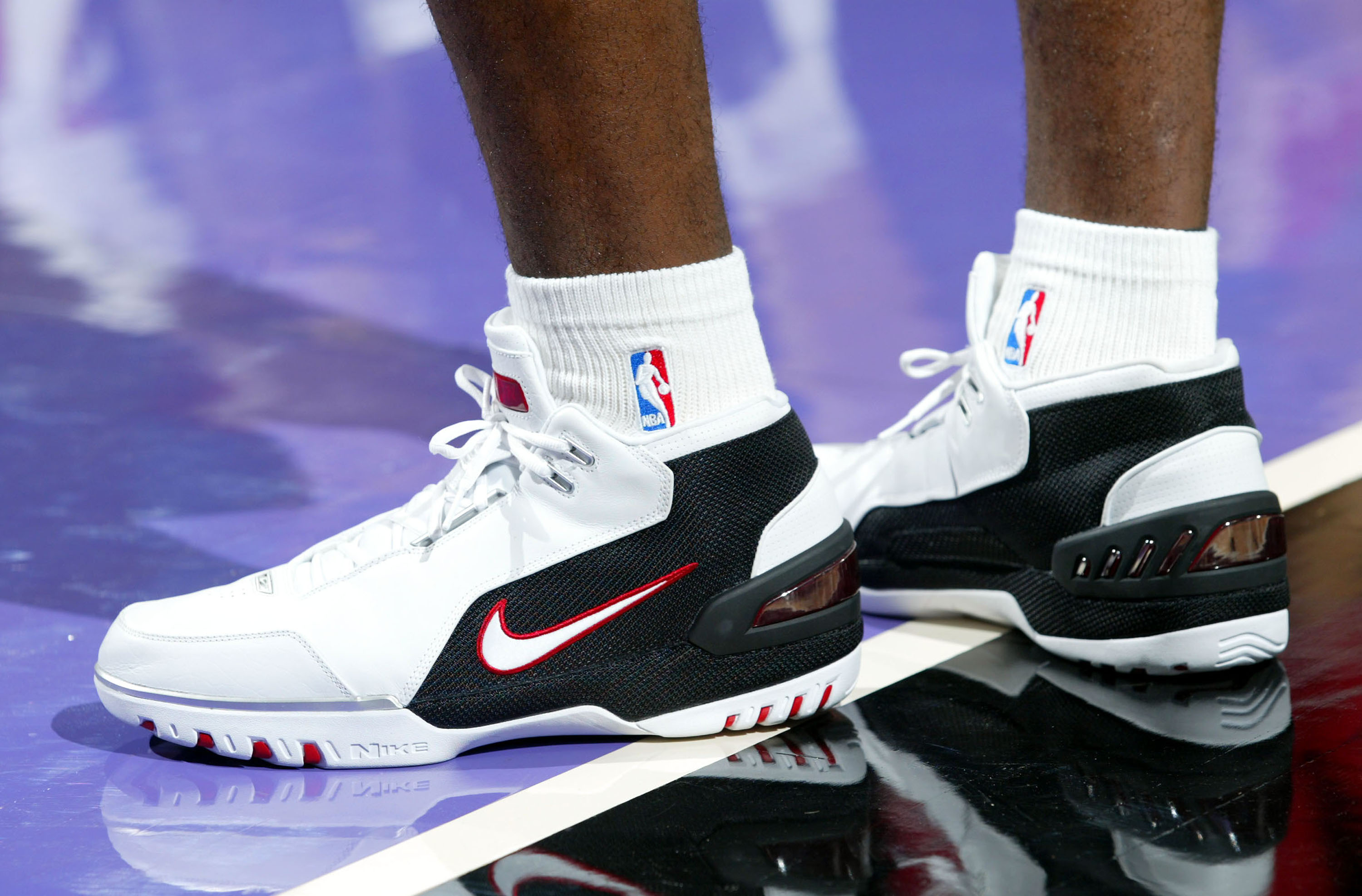 Nike to sell LeBron James' first shoe