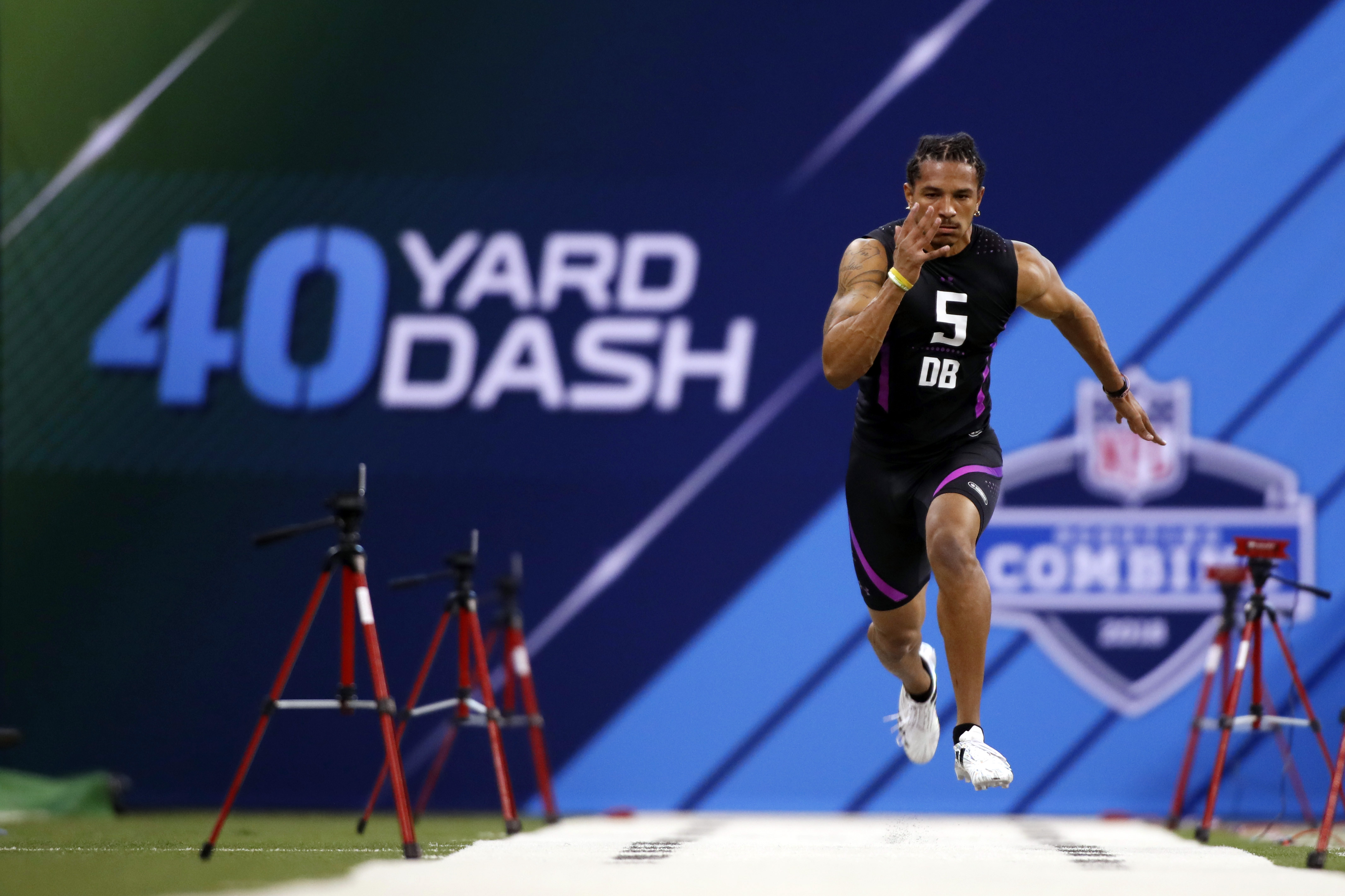 PHOTOS: Defensive backs work out at 2018 NFL Scouting Combine